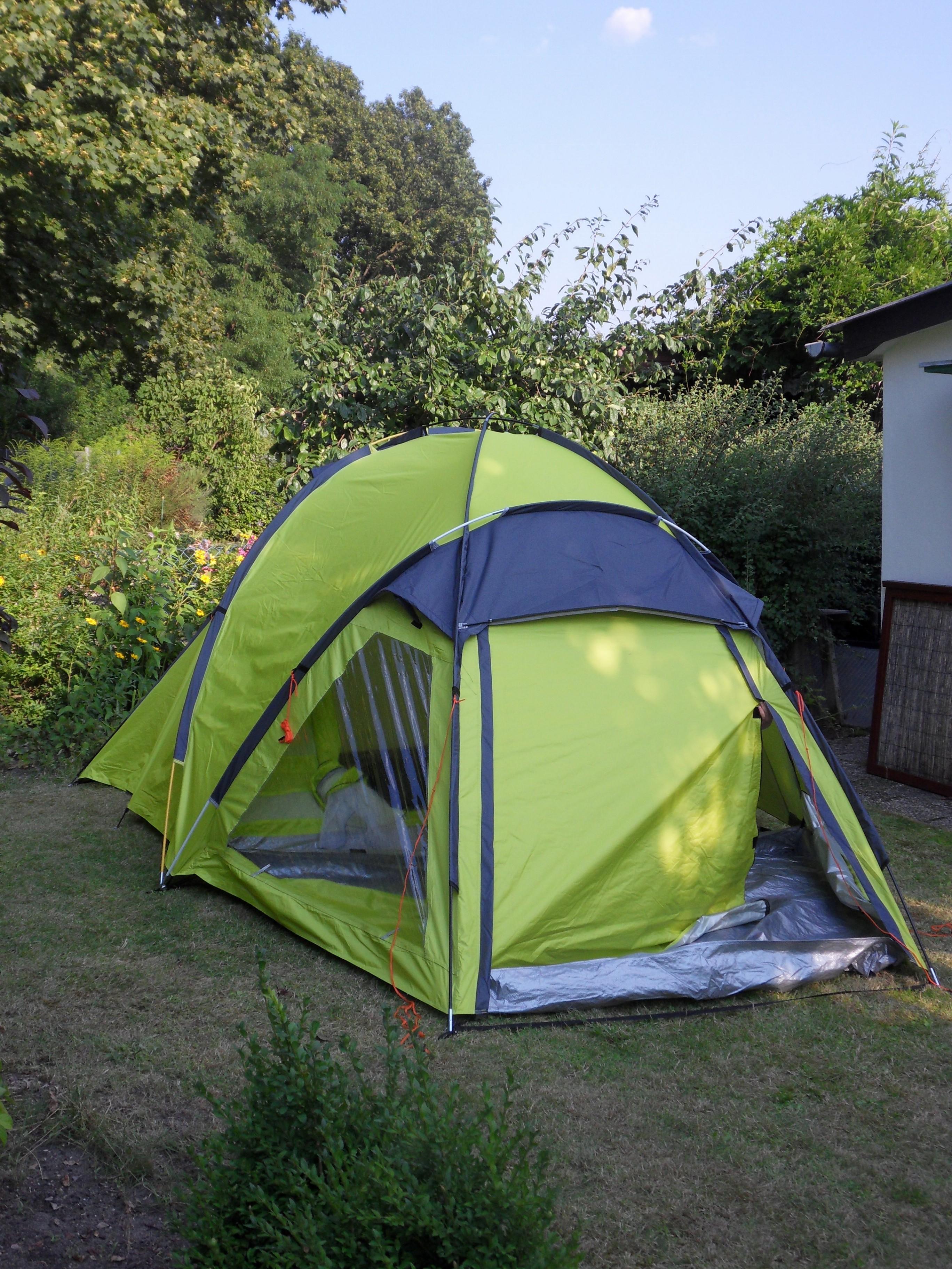 Zelt Auf Was Achten : Zelt muss noch gießen