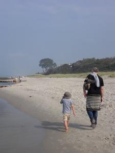 Mann+Zwerg am Meer